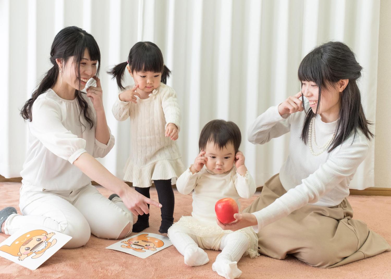 まだうまく話せない赤ちゃんとお話しする育児法